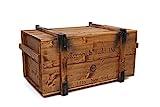 Uncle Joe´s Truhe Holzkiste Roosevelt Field, 85 x 45 x 48 cm, Holz, Hellbraun, Vintage, Shabby chic Couchtisch, braun, 85x45x48 cm